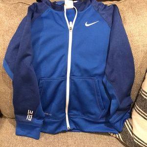 Women s Nike Elite Jacket on Poshmark 228274506